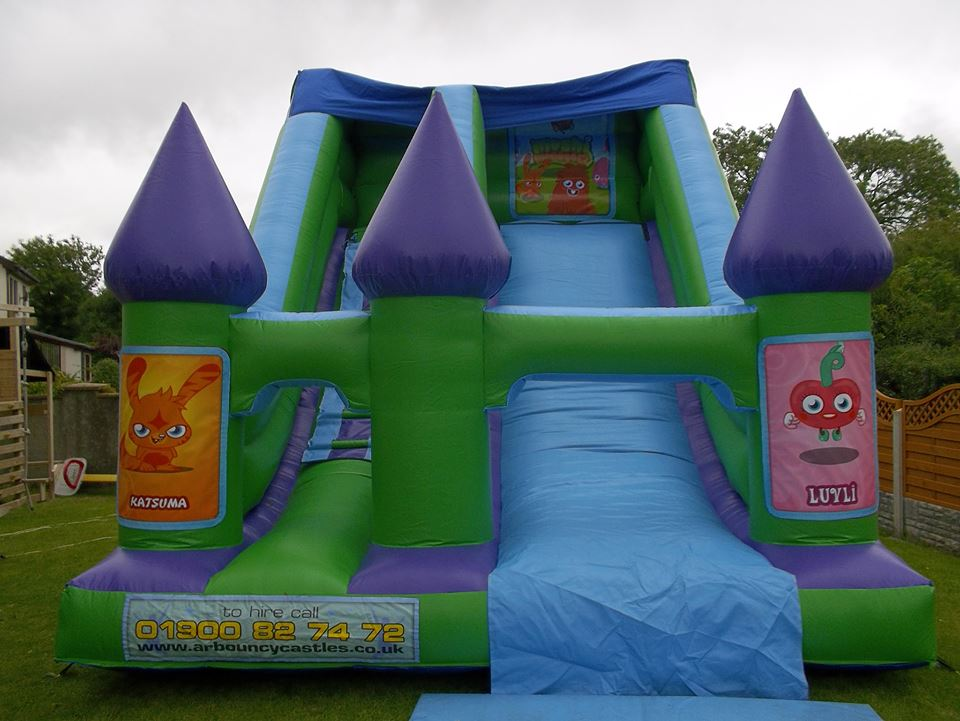 adult bouncy castle hire in essex